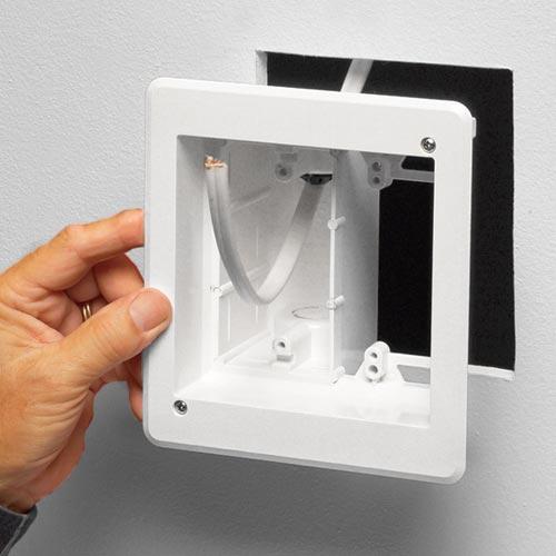 02-TVBR505-hand-install