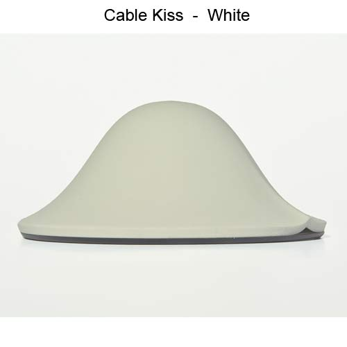 white cable kiss