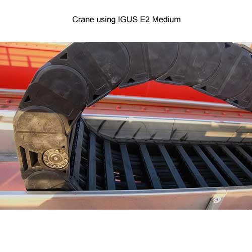 crane using igus e2 medium cable carrier - icon