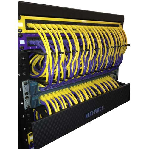neat patch panel detail picture