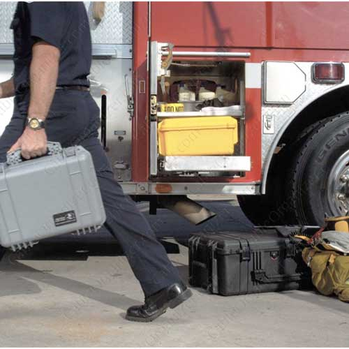 Pelican 1600 Large Protector Case in use on firetruck icon