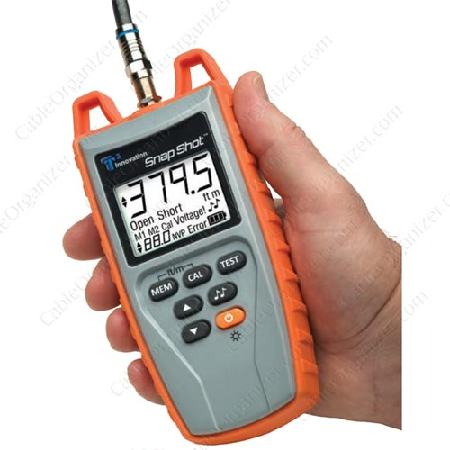 SnapShot cable tester TSS200 in hand - icon