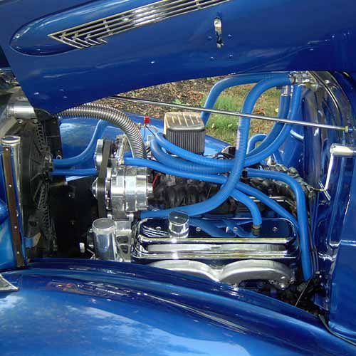 Car engine with wire loom icon