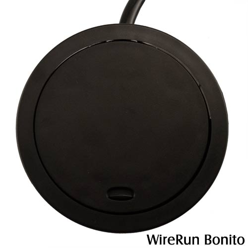 closed WireRun Bonito Power Grommet